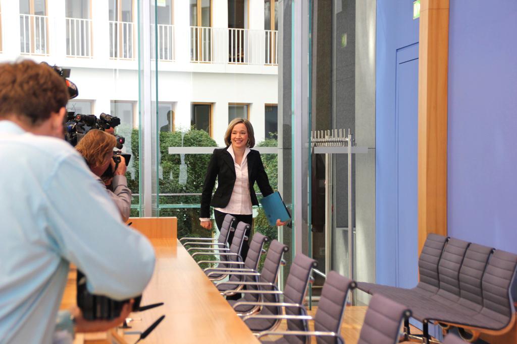 """Bundesfamilienministerin stellt """"Monitor Familienleben 2011"""" vor (© Bundesministerium für Familie, Senioren, Frauen und Jugend)"""