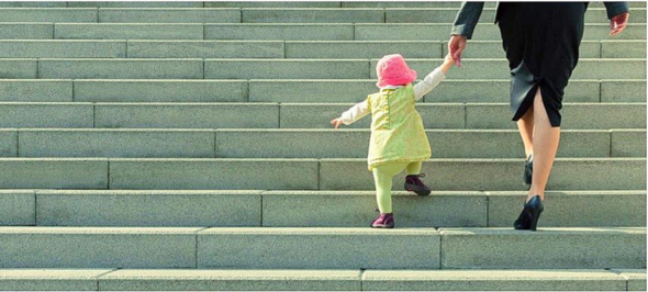 Der Wiedereinstieg nach der Elternzeit ist nach wie vor ein Thema vor allem für Frauen (Foto: isw / Projekt KomBi)
