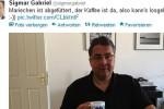 """Sigmar Gabriel auf Twitter (Archivbild): """"Mariechen ist abgefüttert. Der Kaffee ist da, also kann's losgehen""""(Quelle: Twitter/dpa)"""